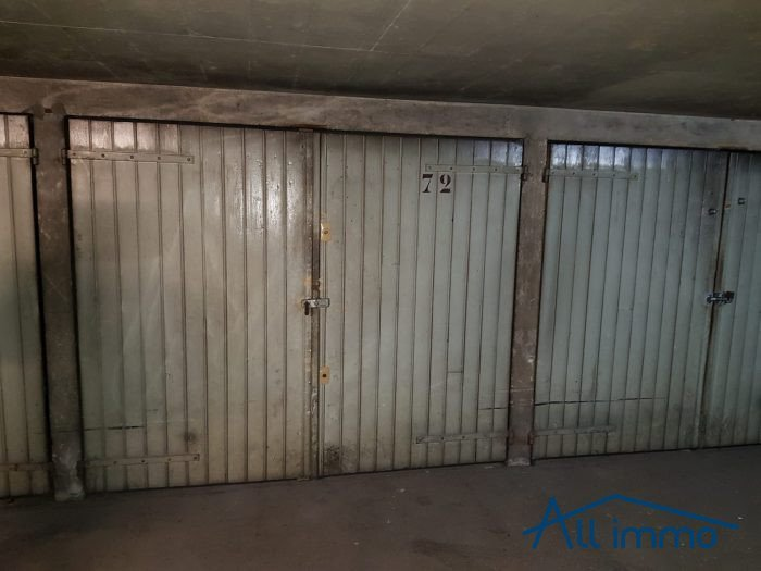 Location garage parking louer st maur des fosses saint for Garage automobile saint maur des fosses