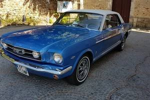 location-location-ford-mustang-vintage